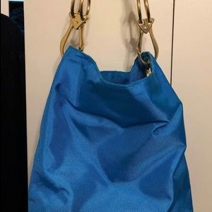 Blue shoulder bag, fabric and leather gold detail